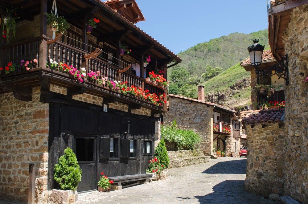Puebo de Bárcena Mayor en Cantabria