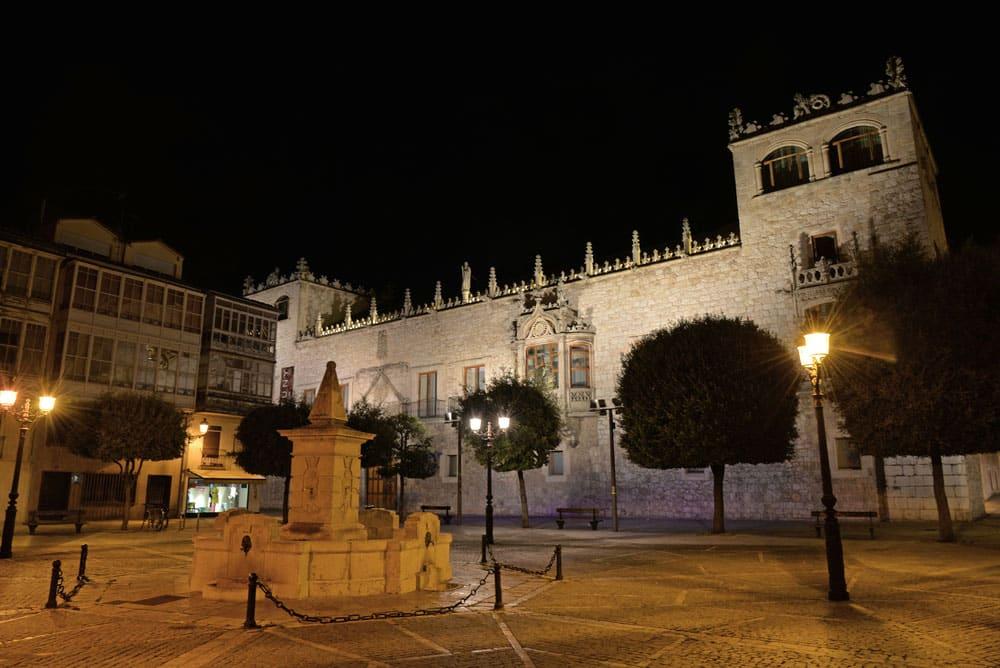 Casa del Codón en la plaza del mismo nombre, Burgos capital