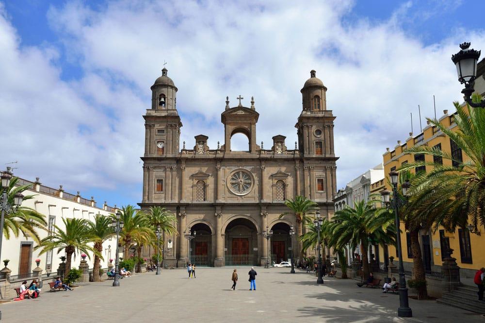 Exterior de la catedral de Santa Ana en Las Palmas de Gran Canaria