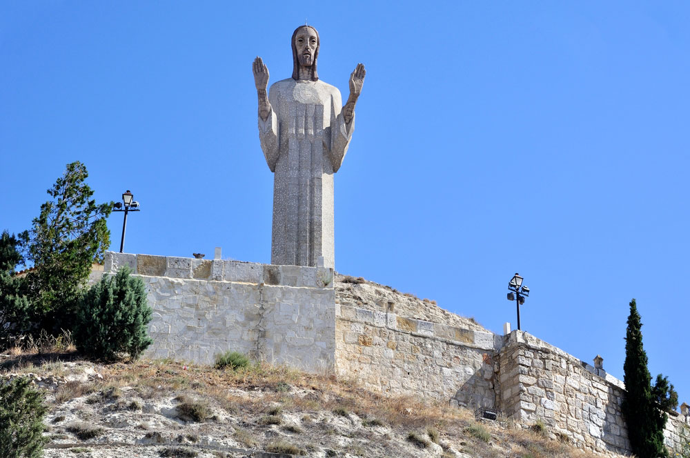 Estatua del Cristo del Otero en Palencia