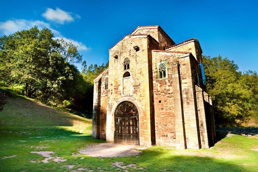 Iglesia de San Miguel de Lillo en Oviedo, Asturias