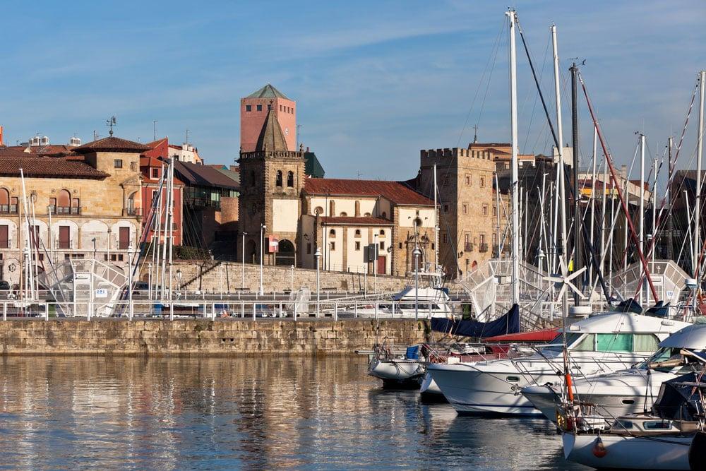 Puerto viejo de Gijón, Asturias