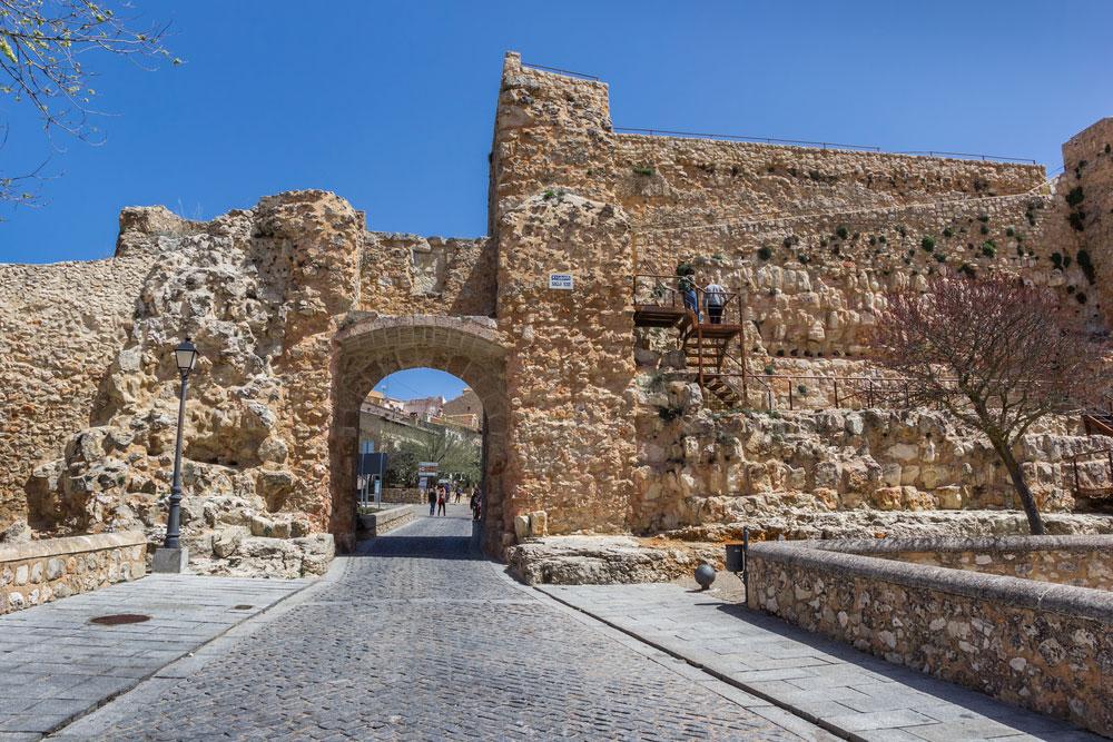 Ruinas del castillo medieval en Cuenca