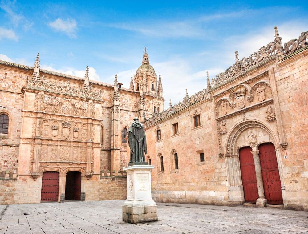 Fachadas edificios de Universidad de Salamanca